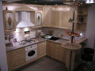 кухни в Гомеле из массива дуба, Lucia