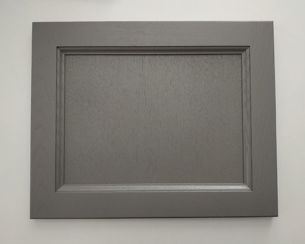 фасад для кухни Astra в Гомеле из массива ясеня серый.