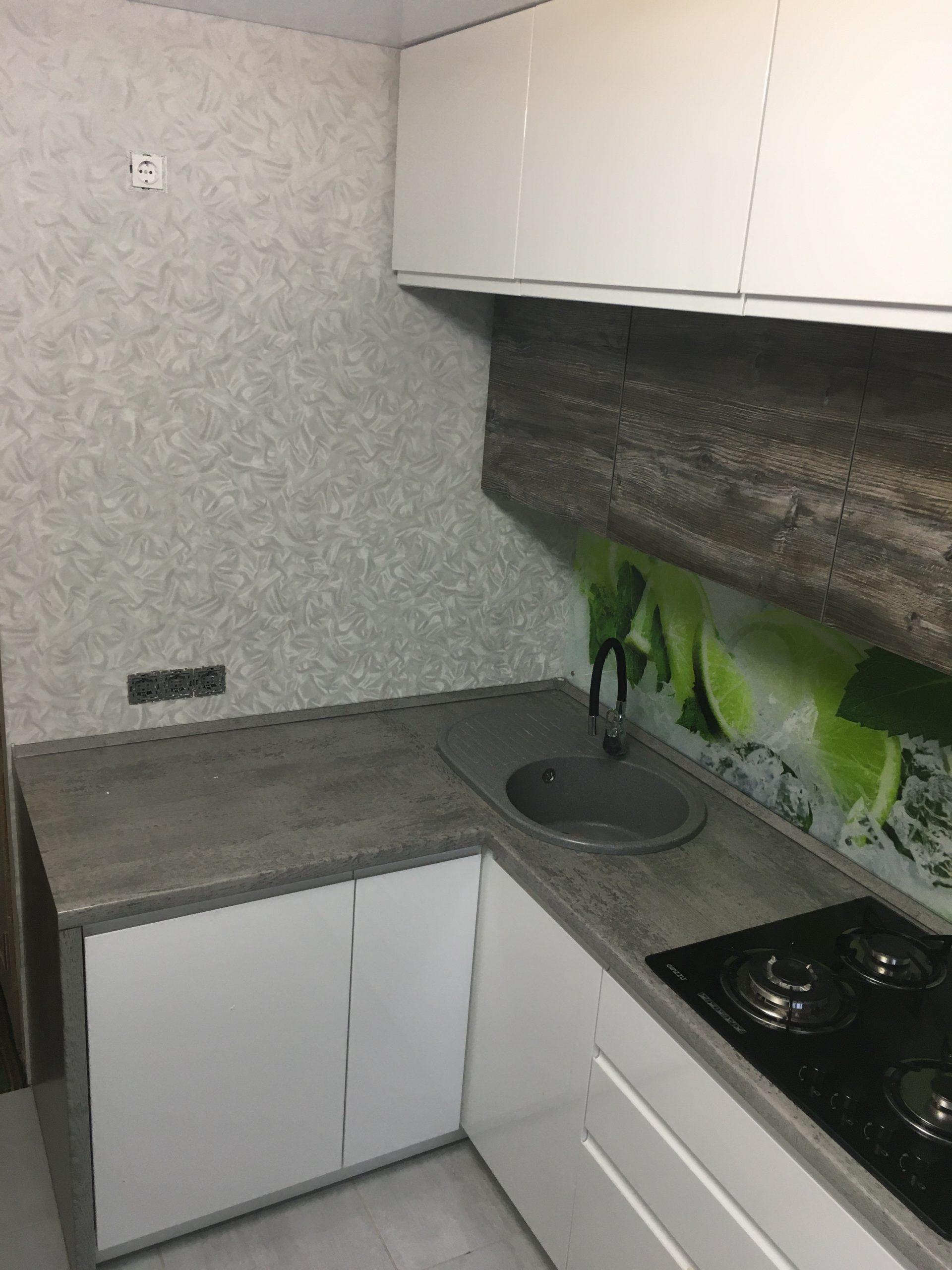 кухня с ценой из крашеного МДФ Breez 64,2